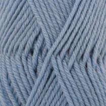 Drops Karisma uni colour - 30 Lys jeansblå