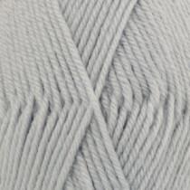 Drops Karisma uni colour - 70 Lys blågrå