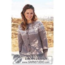 Strikket jakke med rundfelling - Drops 116-4