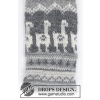 Lama Rama Socks by Drops / 185 / 19