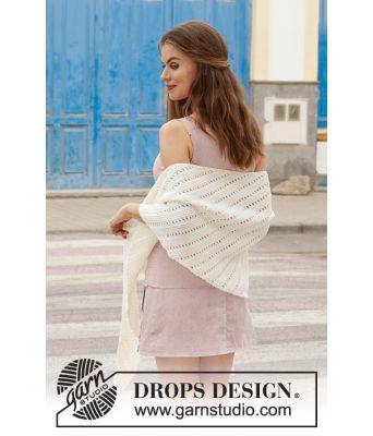 Innocent strikket sjal med riller og hullmønster - Drops 187-20