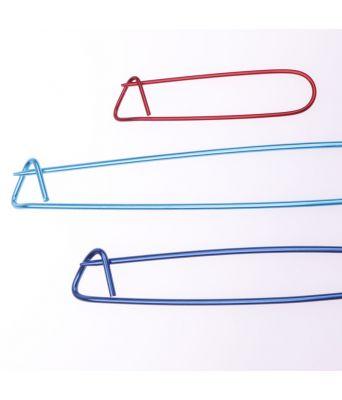 Sett 3 maskeholdere i forskjellige farger og størrelser