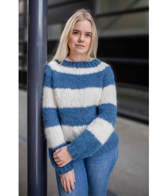 Siri's stripegenser - Acne genser (inspirert) Blå/Naturhvit