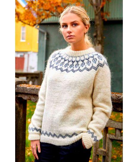 Snös enkel og flott strikket genser fra Island Lopi 37 5